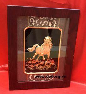 Lý do tranh ngựa được yêu thích trong các gia đình Việt